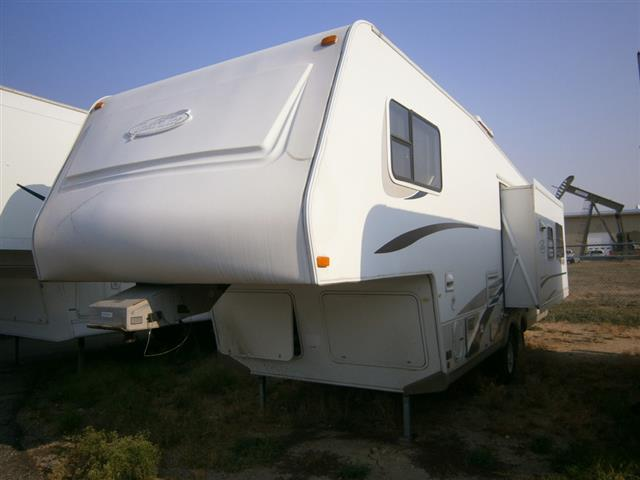 Used 2003 R-Vision Trail Lite 5260-S Fifth Wheel For Sale