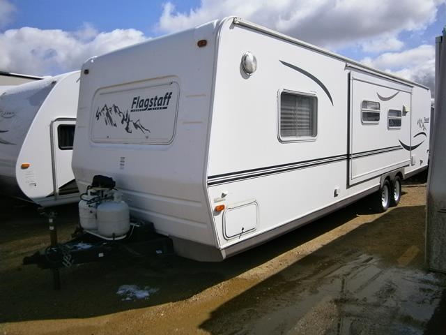 Used 2005 Forest River Flagstaff 8298BHSS Travel Trailer For Sale