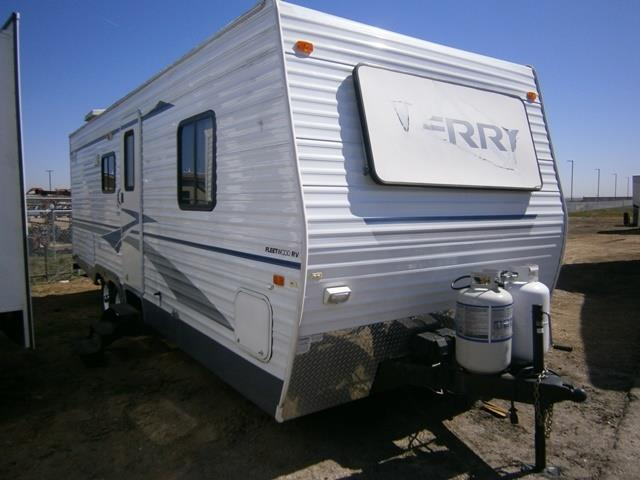 Used 2004 Fleetwood Terry 260 BHS Travel Trailer For Sale