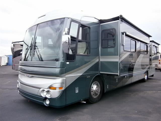 Used 2002 Fleetwood American Dream 40M Class A - Diesel For Sale