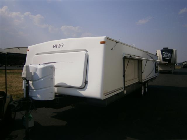Used 2004 Hi-Lo Tow Lite 2704 Travel Trailer For Sale