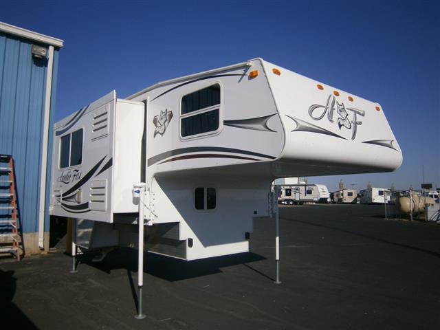 Used 2014 NORTHWOOD MGF Arctic Fox M8811S Truck Camper For Sale