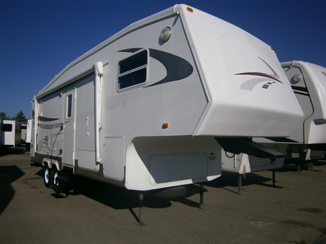 Used 2004 Crossroads Cruiser 26RK Fifth Wheel For Sale
