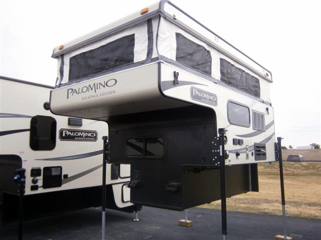 Used 2016 Palomino Backpack 600 Truck Camper For Sale