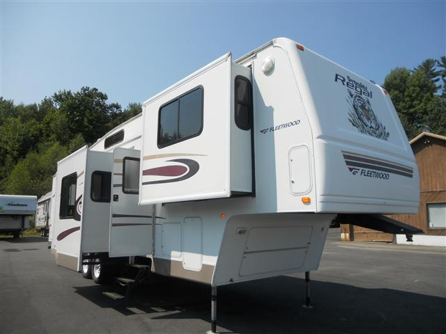 New 2005 Fleetwood Prowler 365FLTS Fifth Wheel For Sale