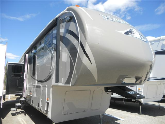 2014 Fifth Wheel Keystone Montana