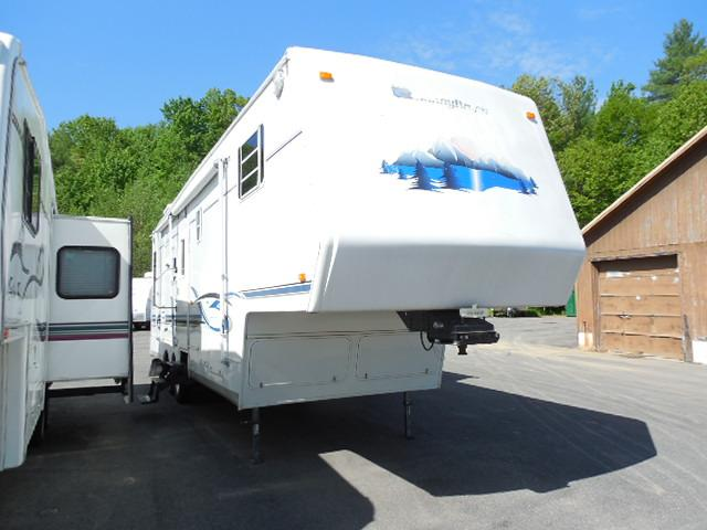 New 2002 Sunnybrook Sunnybrook 31BWKS Fifth Wheel For Sale