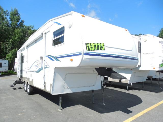 New 2004 Keystone Cougar 285RLS Fifth Wheel For Sale