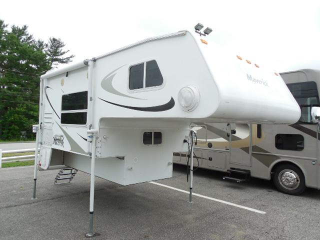 New 2010 Palomino Maverick M-8801 Truck Camper For Sale