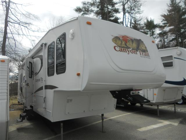Used 2008 Gulfstream Canyon Trail 29RLFW Fifth Wheel For Sale