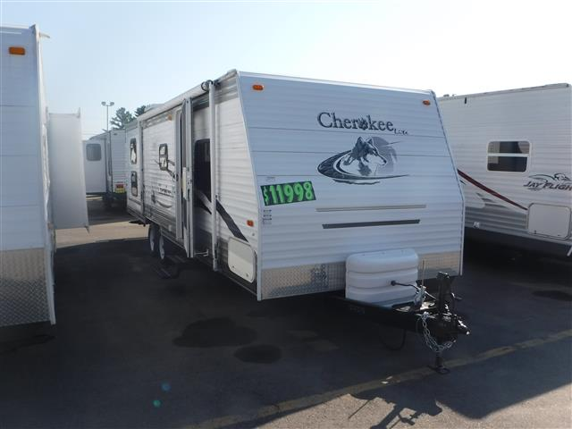 Used 2006 Forest River Cherokee 28A+ Travel Trailer For Sale