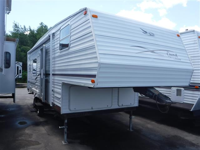 Used 2002 Jayco Quest 253D Fifth Wheel For Sale