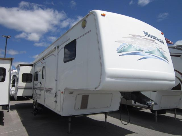 Buy a Used Keystone Montana in Churchville, NY.