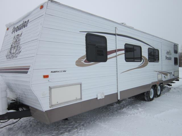 Used 2004 Fleetwood Prowler 320DBHS Travel Trailer For Sale