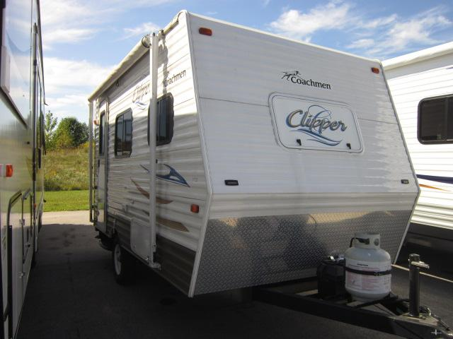 Used 2012 Coachmen Clipper 14R Travel Trailer For Sale