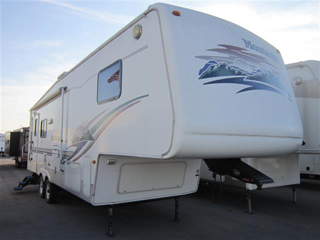 Used 2001 Keystone Montana 2955RL Fifth Wheel For Sale
