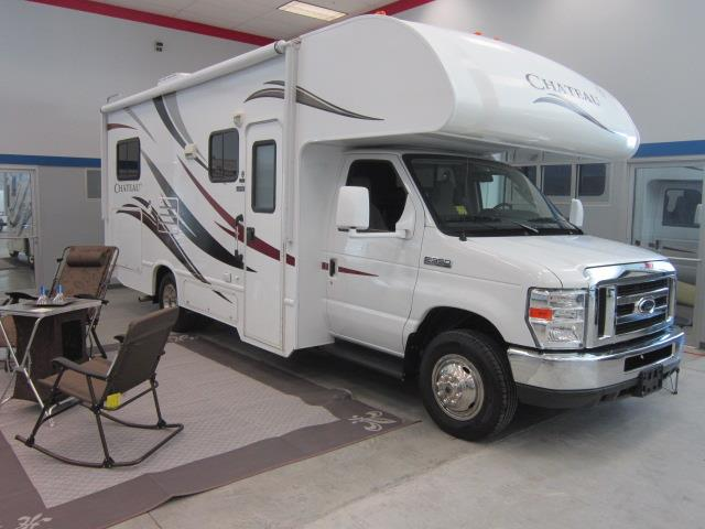 Used 2013 THOR MOTOR COACH Chateau 24C Class C For Sale
