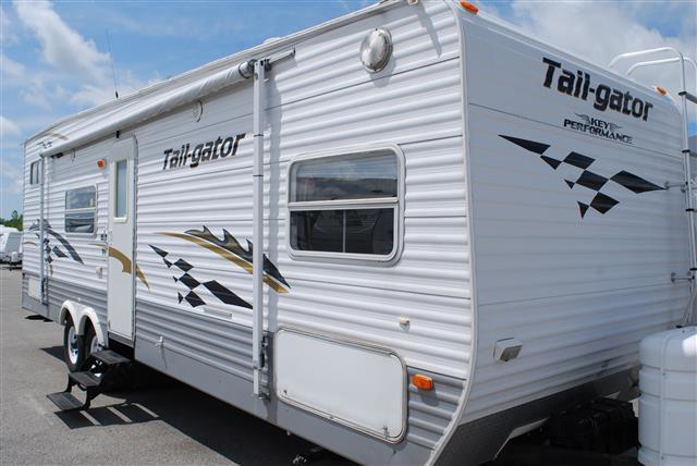 2005 Keystone Tailgator