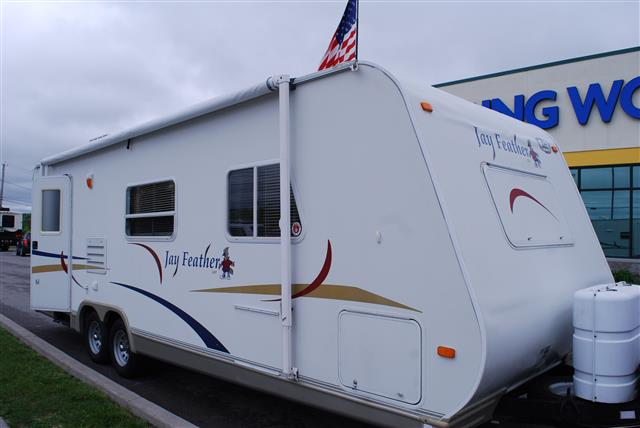 Used 2004 Jayco Jayfeather 26L Travel Trailer For Sale