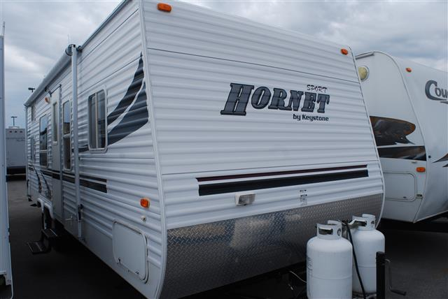 Used 2004 Keystone Hornet Sport 27BS Travel Trailer For Sale