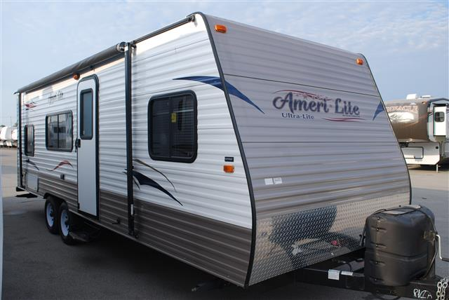 Used 2014 Gulfstream Amerilite 25BH Travel Trailer For Sale