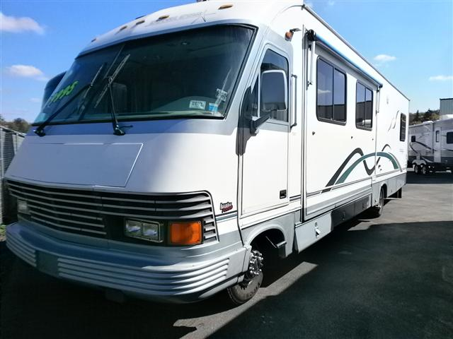 Buy a Used Newmar Dutchstar in Hamburg, NY.