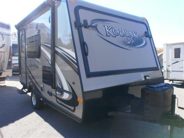 used hybrid travel trailer dutchmen rvs and motorhomes for sale. Black Bedroom Furniture Sets. Home Design Ideas