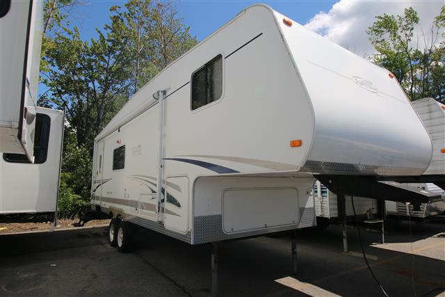 Used 2005 R-Vision R-VISION 527RL Fifth Wheel For Sale