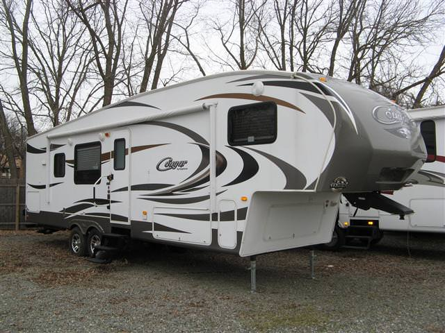 Buy a Used Keystone Cougar in Lakewood, NJ.