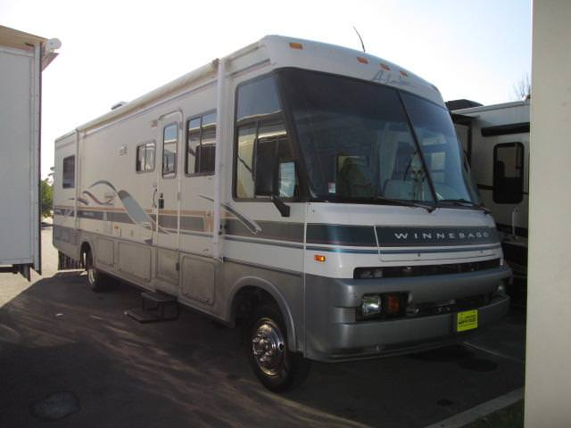 Buy a Used Winnebago Adventurer in Lakewood, NJ.
