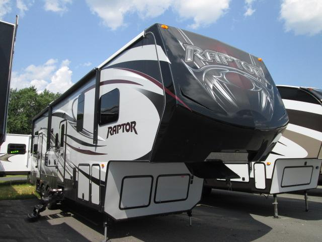 2015 Fifth Wheel Toy Hauler Keystone Raptor