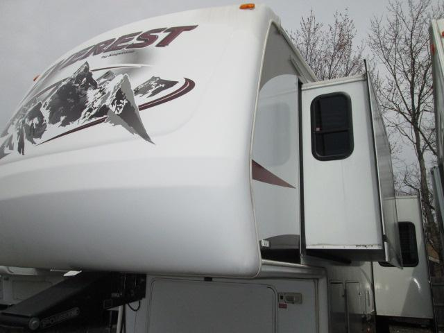 2007 Fifth Wheel Keystone Everest