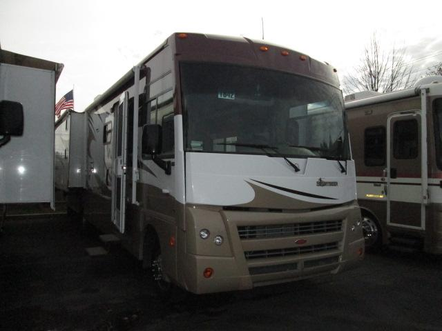 2010 Winnebago Sightseer