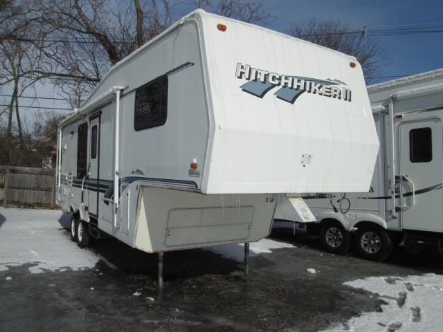 Used 1995 NuWa Hitchhiker 29RKUG Fifth Wheel For Sale