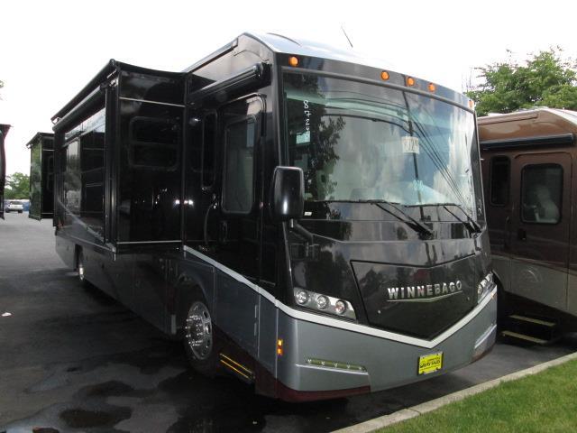 2016 Class A - Diesel Winnebago FORZA