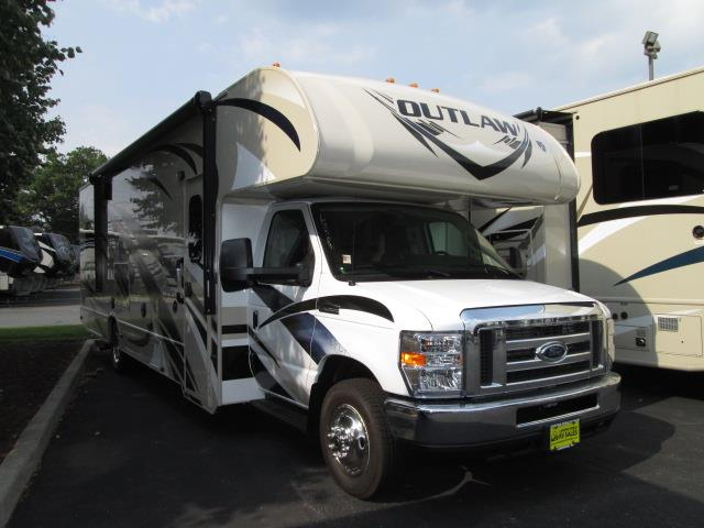 New 2016 THOR MOTOR COACH Outlaw 29H Class C For Sale