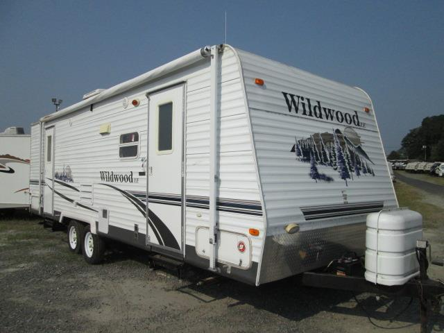 Used 2006 Forest River Wildwood 26FLS Travel Trailer For Sale