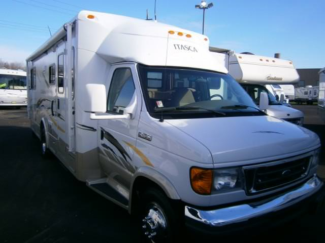Buy a Used Itasca Cambria in Syracuse, NY.