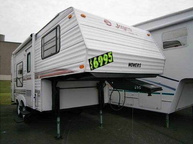 Buy a Used Jayco Eagle in Syracuse, NY.