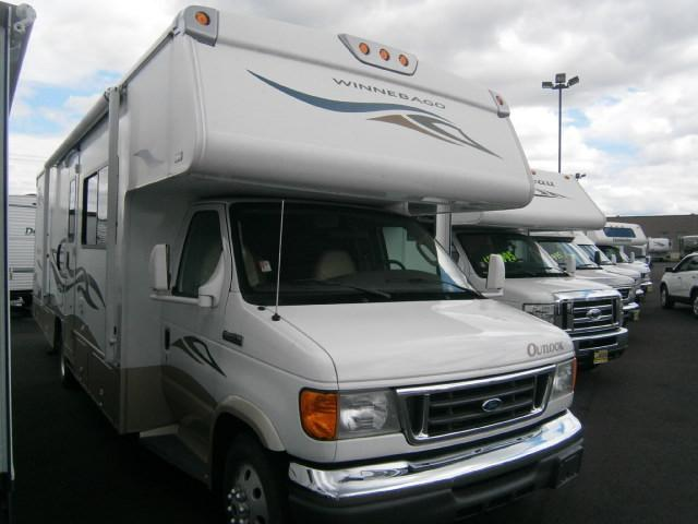 Used 2007 Winnebago Outlook