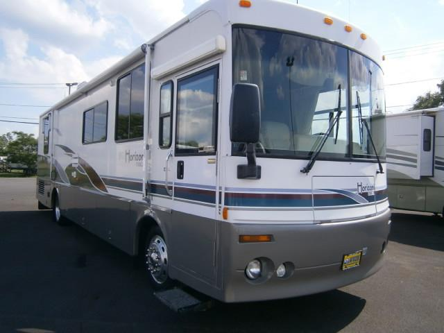 Buy a Used Winnebago Horizon in Syracuse, NY.