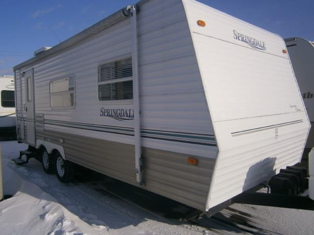 Used 2004 Keystone Clearwater 245 FBL Travel Trailer For Sale