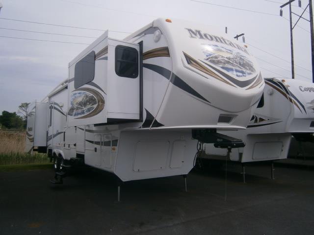 Used 2013 Keystone Montana 3750FL Fifth Wheel For Sale