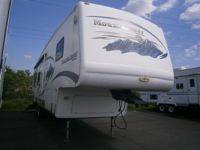 Used 2012 Keystone Montana 3750FL Fifth Wheel For Sale