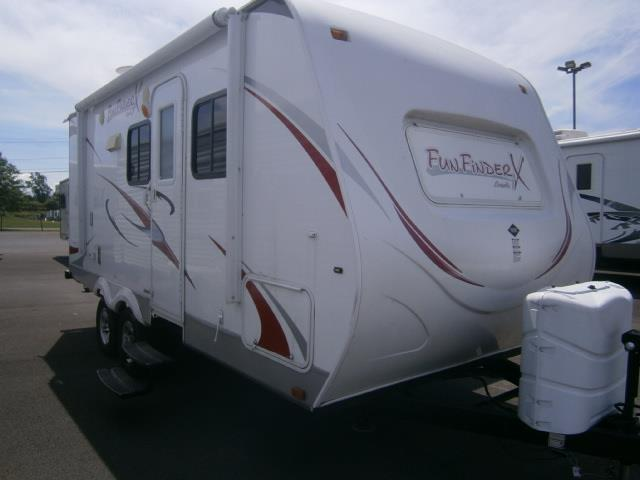 Used 2011 Shadow Cruiser Fun Finder XTRA M-200 Travel Trailer For Sale