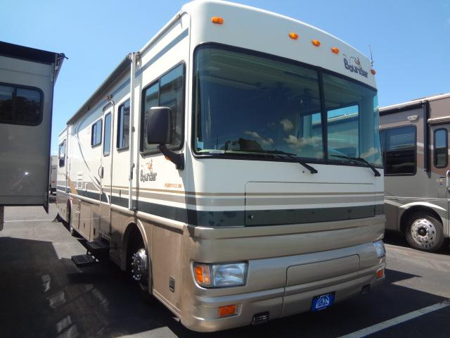 Buy a Used Bounder Bounder in Akron, OH.