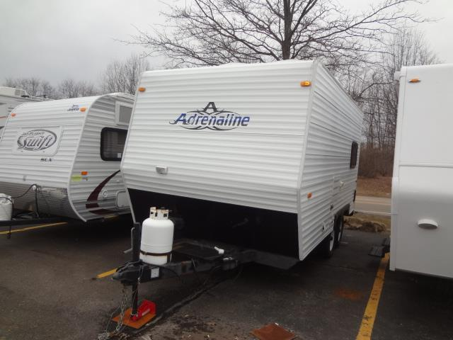 Used 2009 Coachmen Coachmen BLAST 150 Travel Trailer Toyhauler For Sale