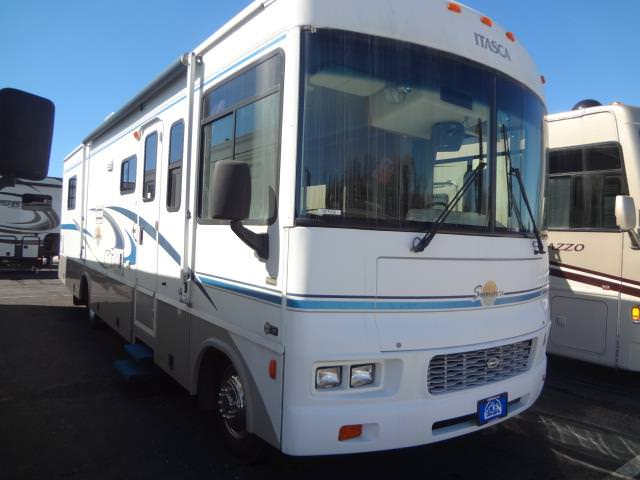 Used 2004 Itasca Itasca SUNOVA 33L Class A - Gas For Sale