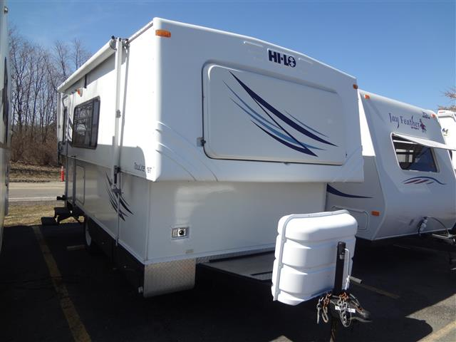 Used 2007 Hi-Lo Hi Lo 1907T Travel Trailer For Sale