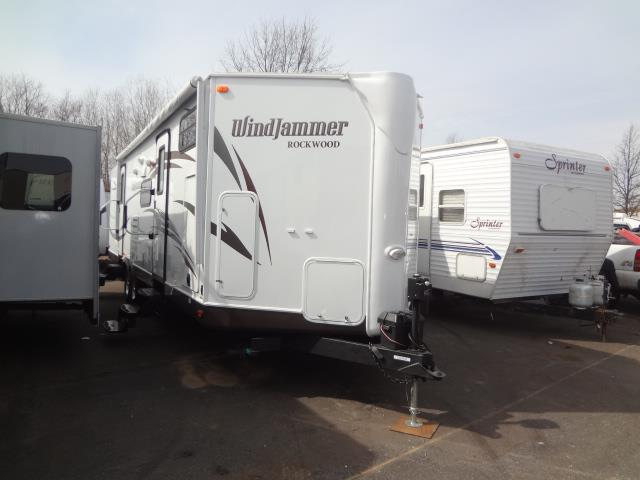 Used 2013 Forest River Rockwood WINDJAMMER 3006WK Travel Trailer For Sale